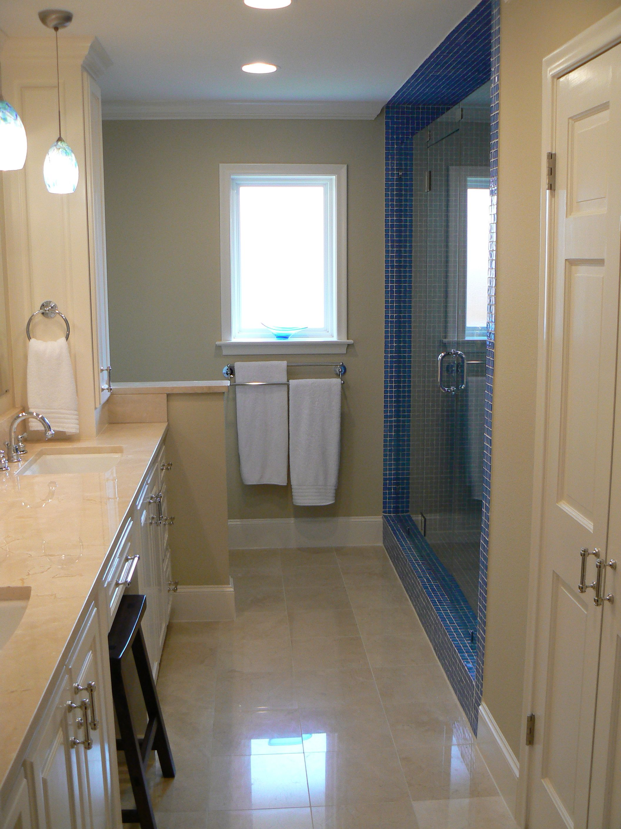 Love This Bathroom And The Clean Flow Of It This Is From A House - Ranch house bathroom remodel