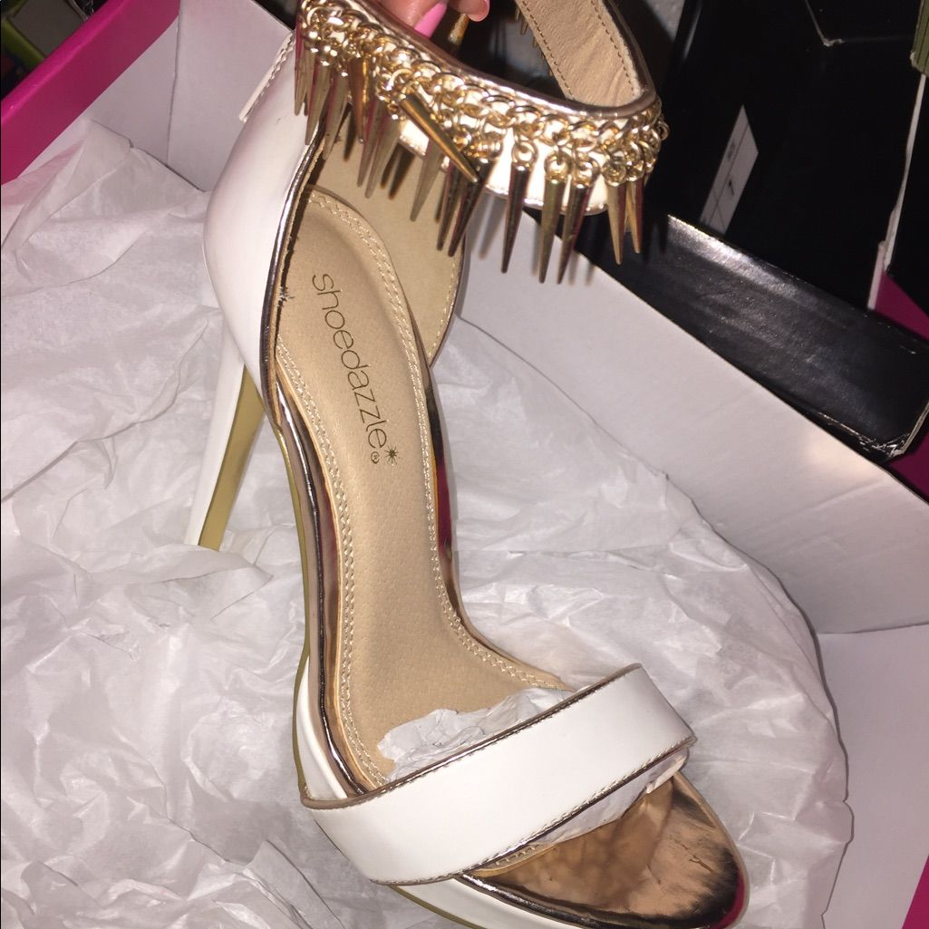 Shoe Dazzle Shoes White And Gold Open Toe Heels Color Gold
