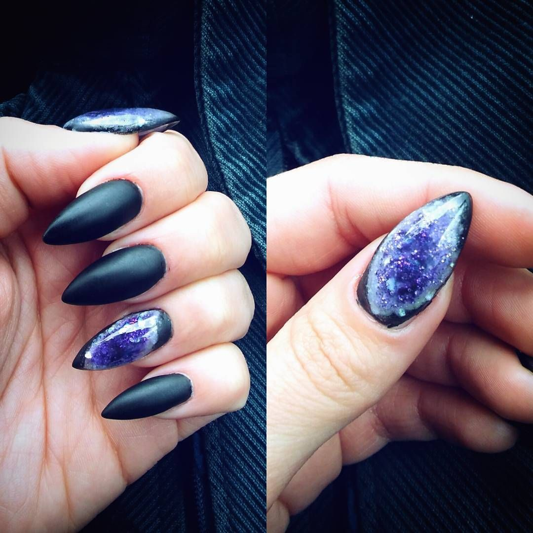 This New Geode-Inspired Nail Trend Totally Rocks | Beauty Blog ...