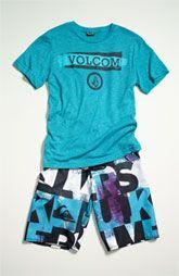 295d1ccb25 Volcom T-shirt & Quicksilver Board shorts   Kole