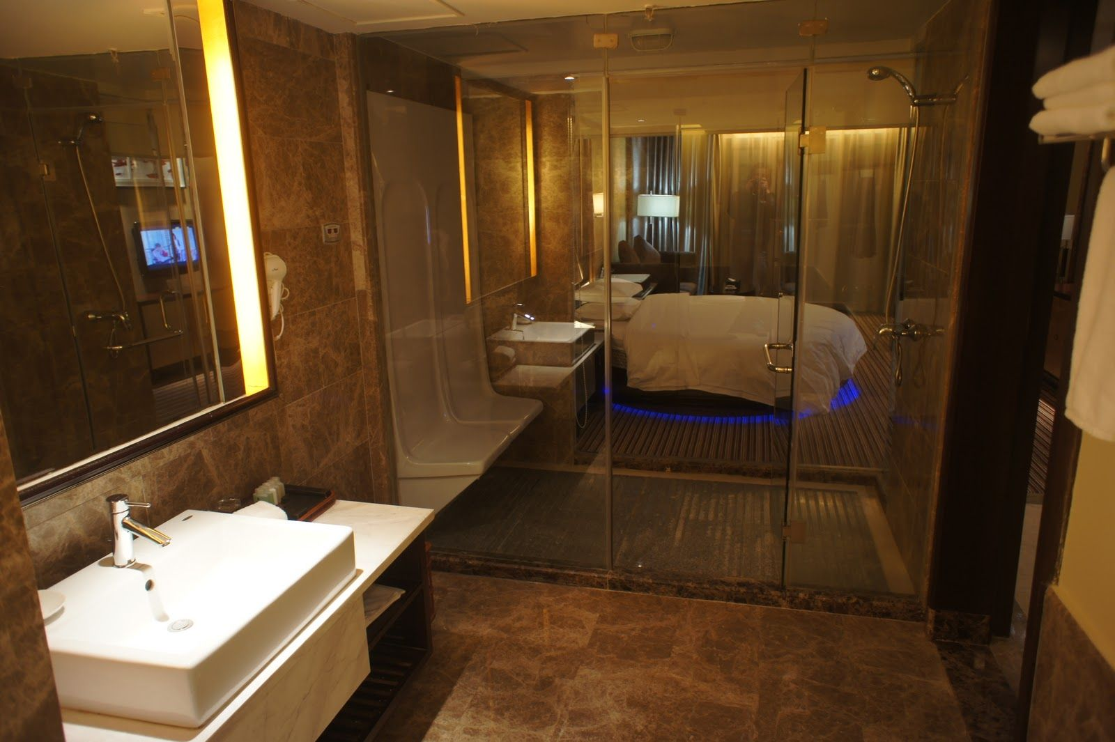 Luxury hotel bathrooms - 13 Best Inspiration Hotel Rooms Images On Pinterest Google Images Hotel Bathrooms And Hotel Suites