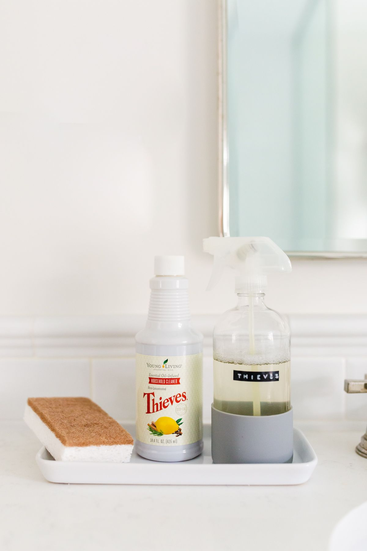 7 DIY Thieves Cleaner Recipes Thieves cleaner, Thieves