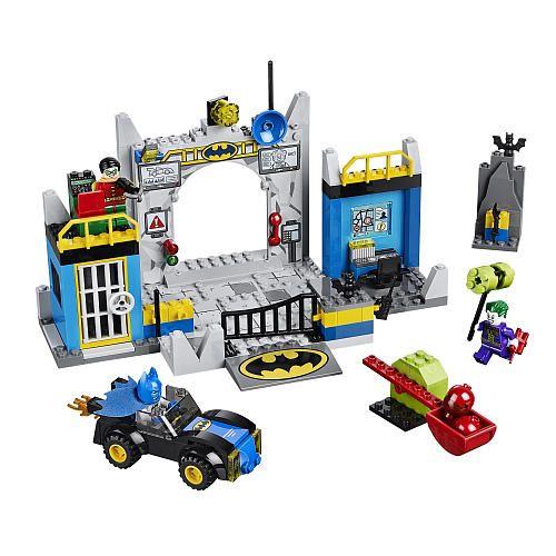"""LEGO Juniors Batman Defend the Batcave (10672) - LEGO - Toys """"R"""" Us ..."""