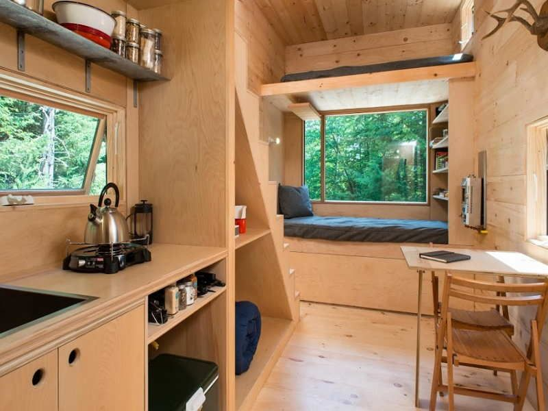 Modern Tiny House Interior: Solid Wood Tiny House Modern Interior Design Image