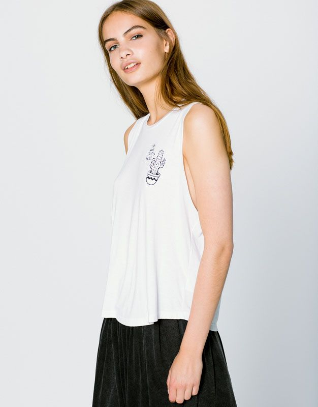 CACTUS EMBROIDERED T-SHIRT - T-SHIRTS - WOMAN - PULL&BEAR France