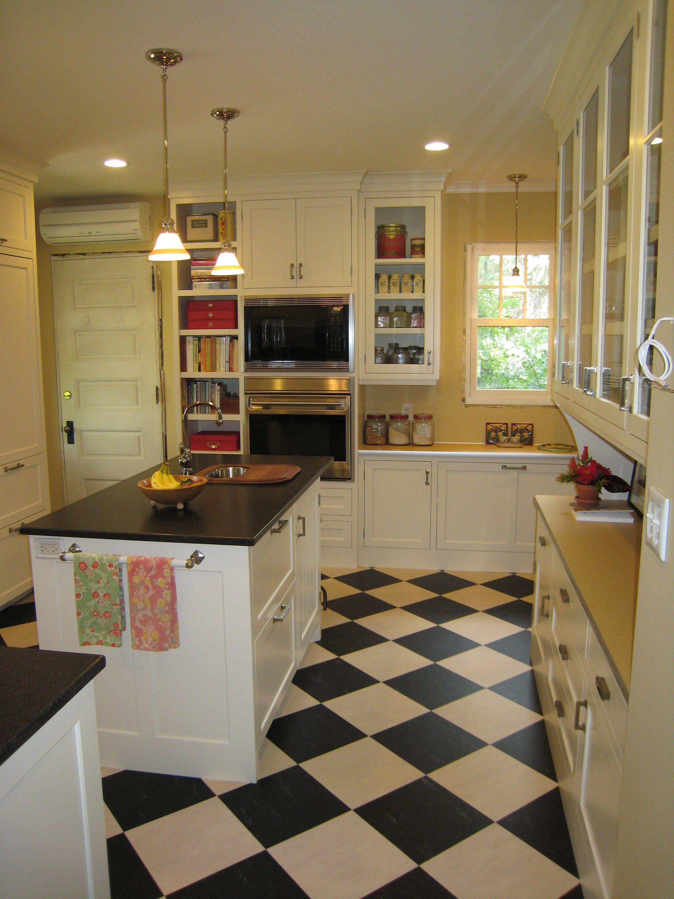 Marmoleum countertop and flooring Diy kitchen decor