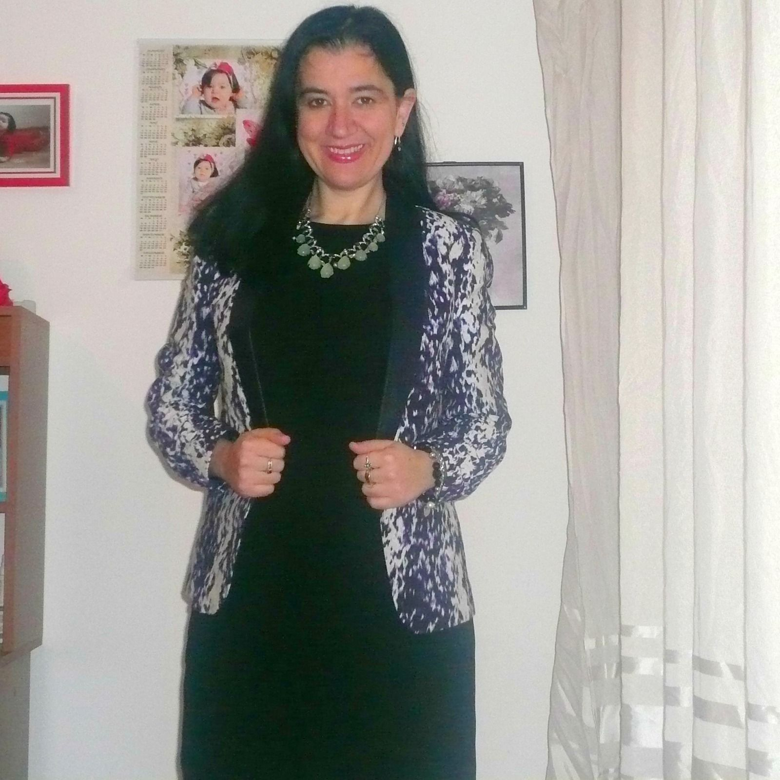 Elegance and Mommyhood.: LBD, Watercolors and a Statement Necklace.