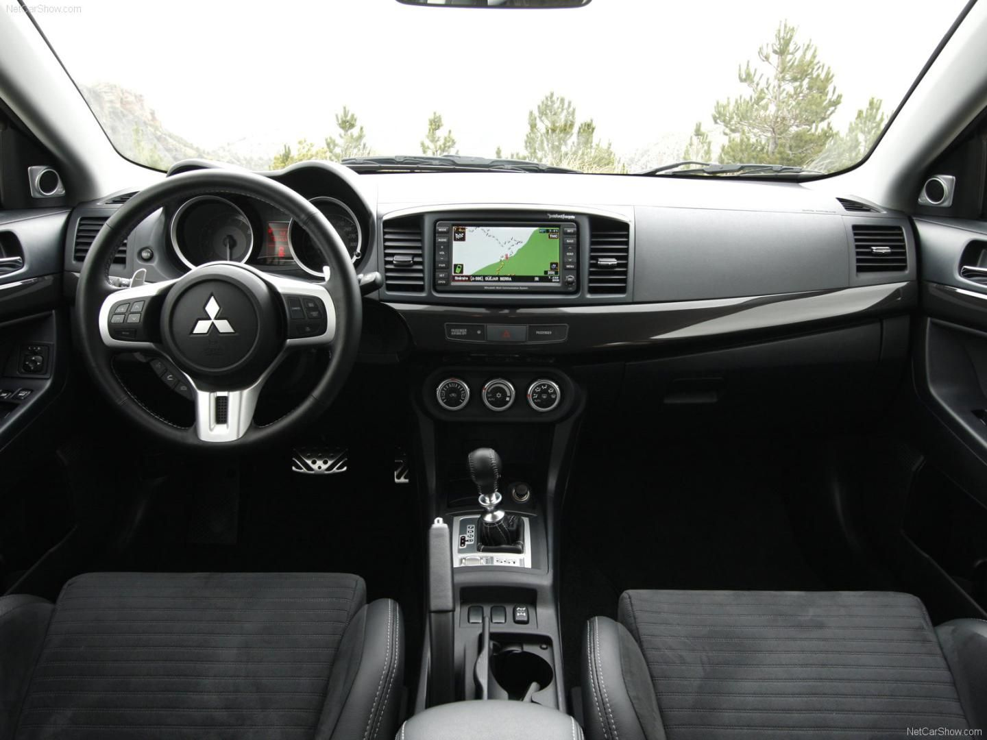 2016 Mitsubishi Lancer Evolution Interior Dashboard