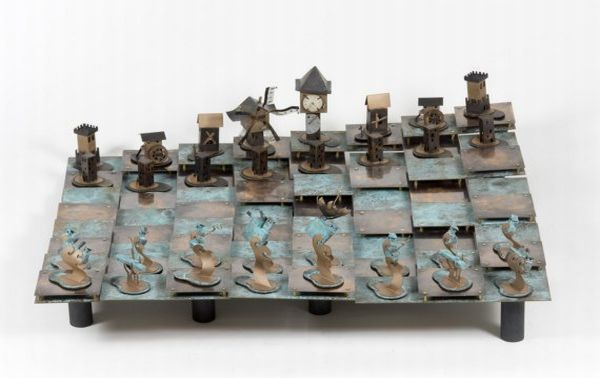 Check These Collection Of The Most Cool And Unique Chess Sets From All Over The World Strato Chess Set Link Chess Board Chess Set Unique Chess Set