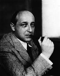 """Karl Mannheim (1893-1947). Entrada """"Las dos tendencias antinómicas de la educación: individualismo y sociologismo"""" (22-03-2014), en el blog """"Individuo-Sociedad-Cultura-Espacio""""."""