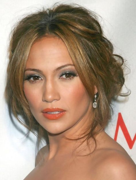 Jlo Hairstyles Custom Jennifer Lopez Hairstyles Sweet Loose Bun For A Cute Look
