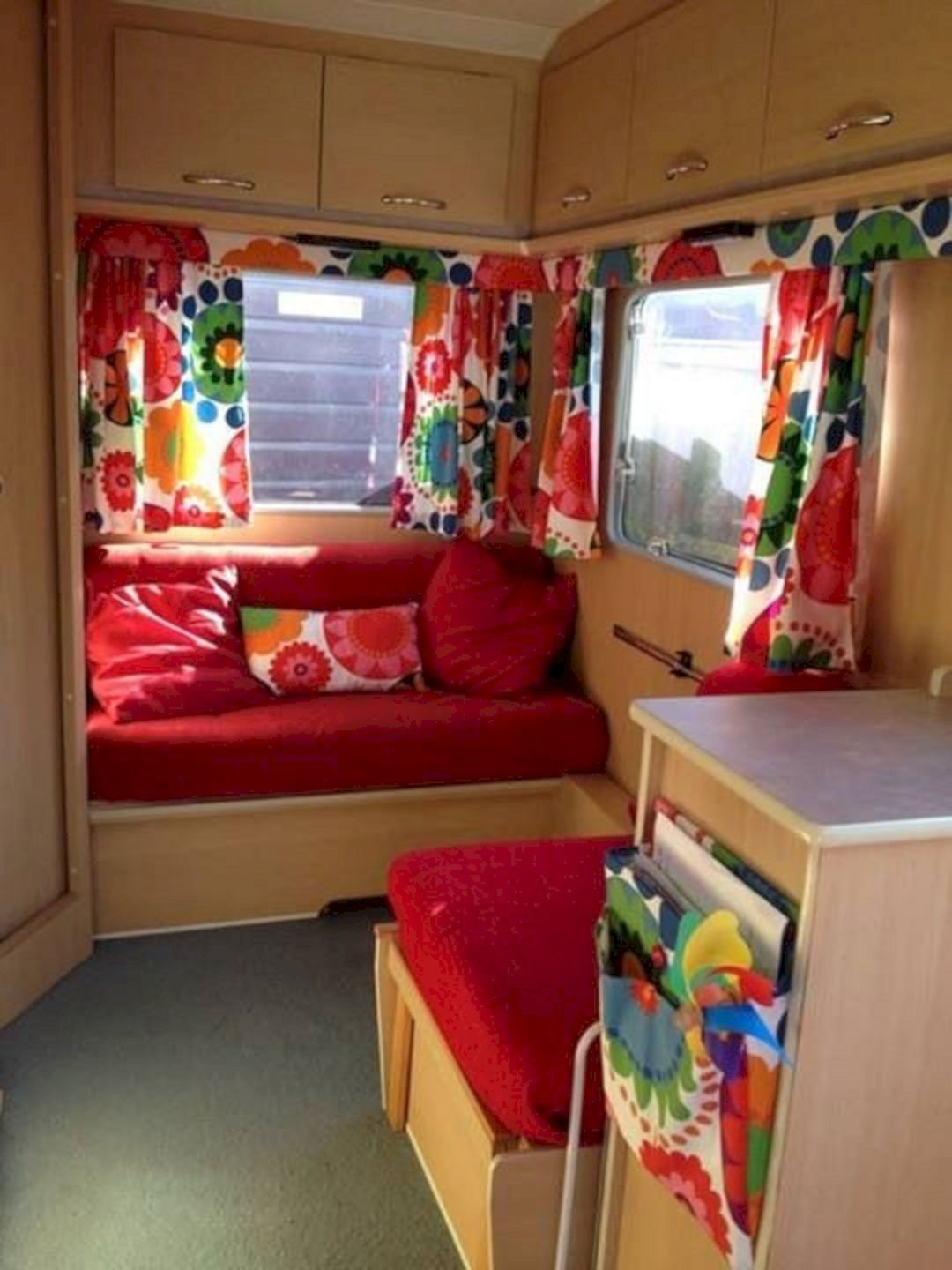 Flawless 40 Awesome Rv Curtain Design For Amazing Camper Interior Ideas Https Usdecorating Com 788 40 Awesome Rv Cur Interior Decor Home Decor Caravan Decor