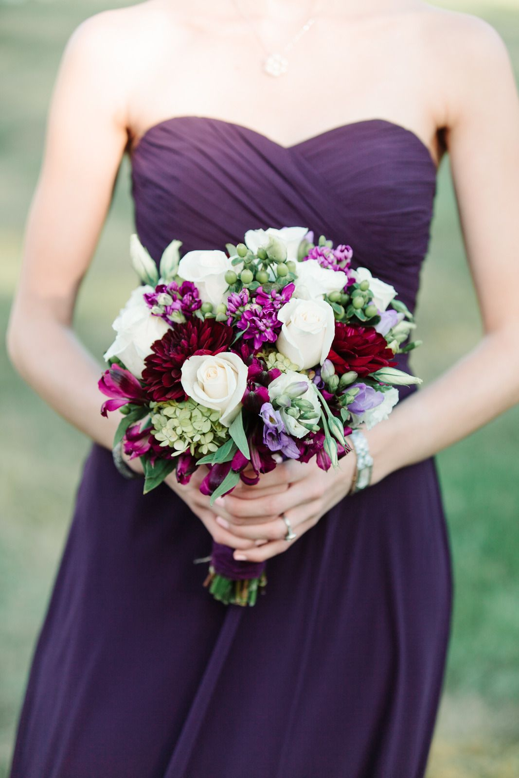 New Jersey Barn Wedding Full of Elegance #weddingbridesmaidbouquets