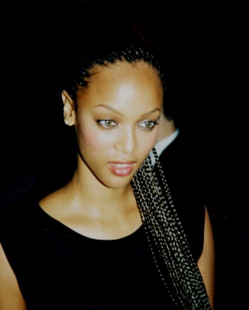 Tyra Banks Black And White: Tyra, Box Braids. Inspiration. :)....WOMEN Crime Travel