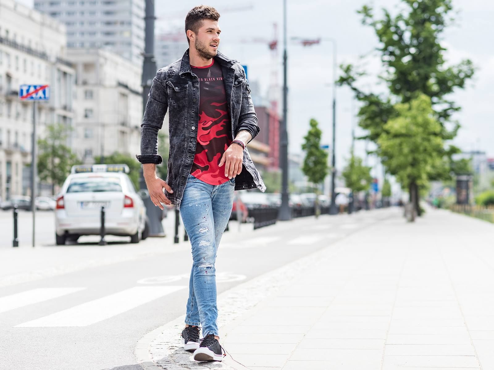 Dzisiejszy Look Z Bartek Krukowski Xkrukix Kurtka 139 99zl Bit Ly Ozoneepl 474kb T Shirt 49 99zl Bit Ly Ozoneepl 540btr Bomber Jacket Jackets Fashion