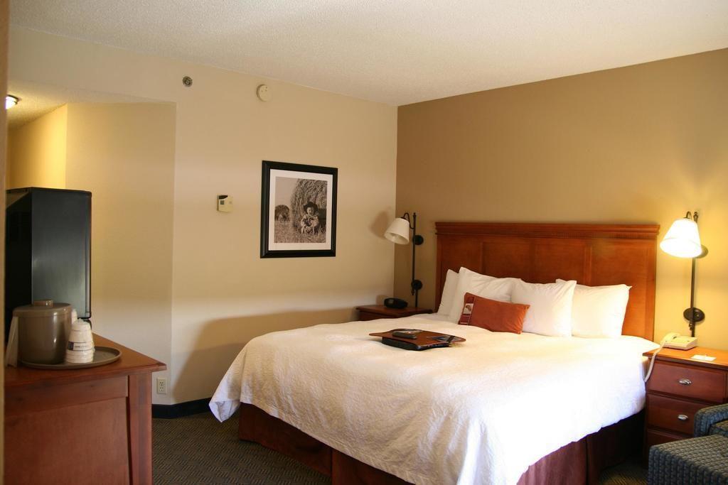 Hampton Inn Oklahoma City Yukon Hampton Inn Cool Rooms The Hamptons