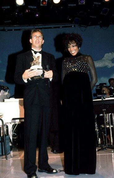 Kevin Costner and Whitney Houston. Very beautiful.