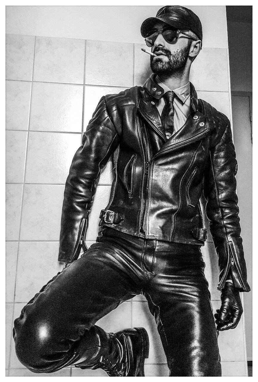 Pin By Blair On Hot Leather Men Leather Jacket Men Style Jackets Men Fashion Cool Jackets For Men