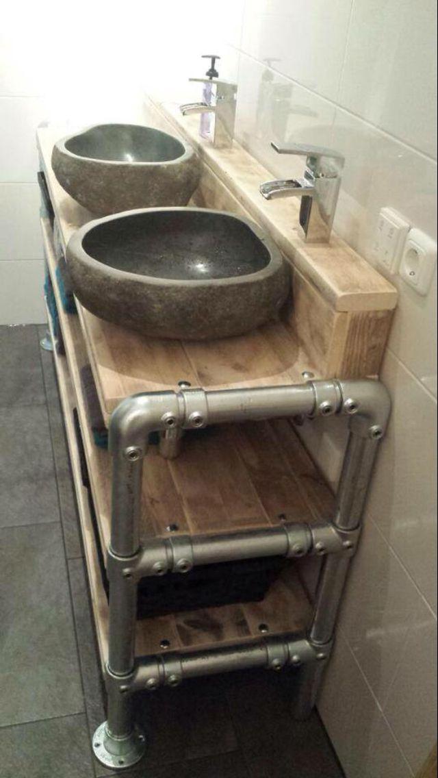 Badkamermeubel steigerhout met steigerbuis steigerbuis pinterest badkamermeubel badkamer - Rustieke wc ...