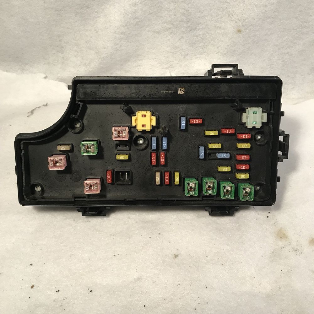 hight resolution of 07 08 sebring avenger fusebox fuse box power relay tipm module bcm p68047964aa chrysler