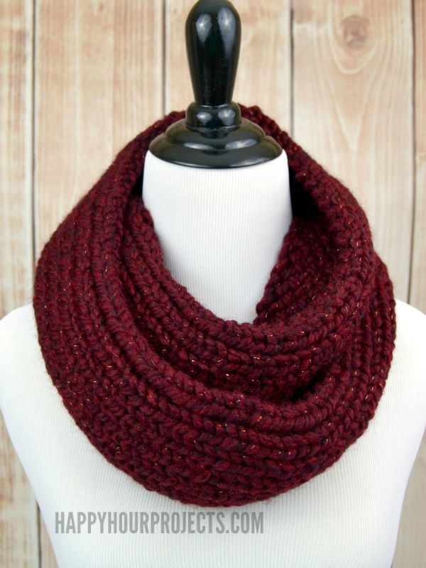How To Knit An Infinity Scarf Using A Loom Knitter At Www