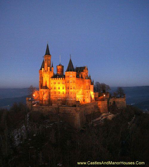 Schloss Hohenzollern Hohenzollern Castle 72379 Burg Hohenzollern Hechingen Baden Wurtemberg Germany Www Castle Hohenzollern Castle Castle Pictures
