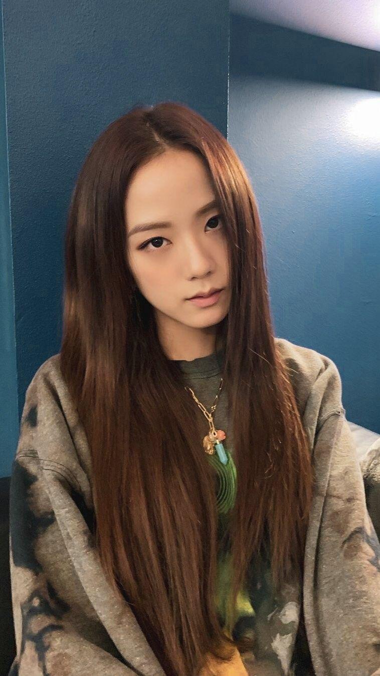 Blackpink Jisoo Kimjisoo Medium Hair Styles Blackpink Jisoo Hair Styles