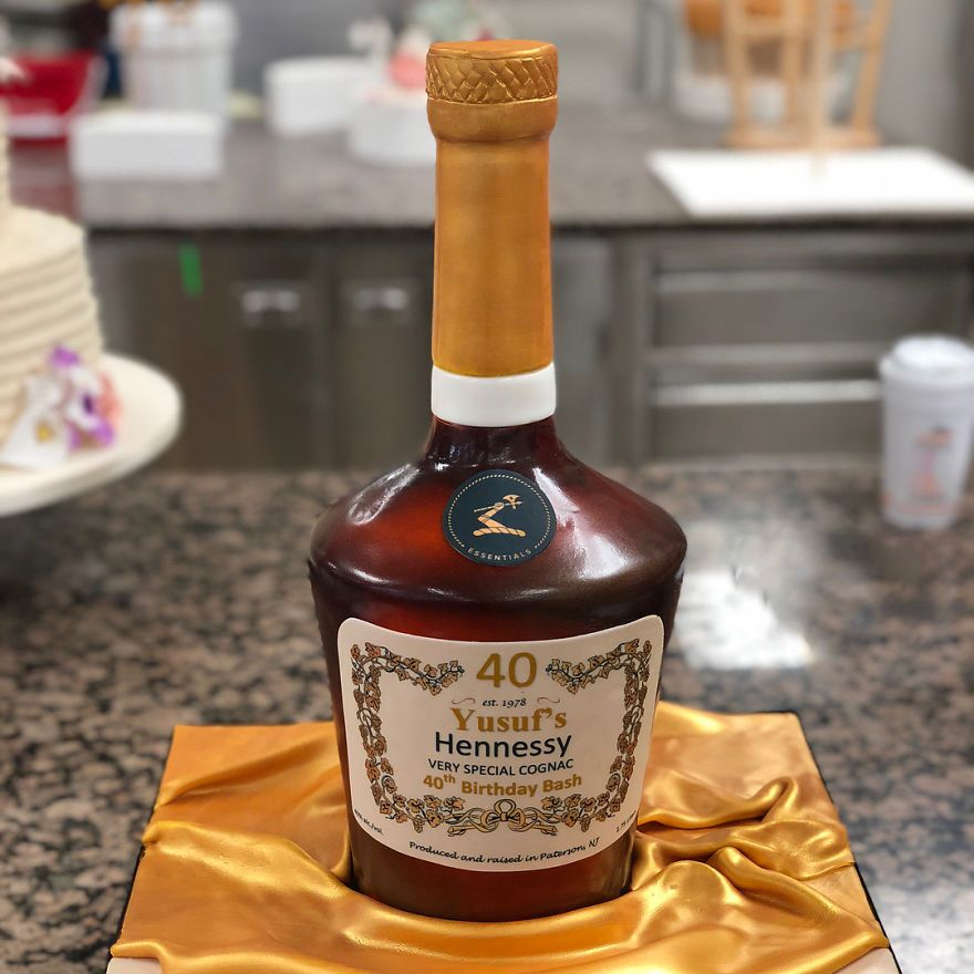 Artist Creates Hyper Realistic Cakes Inspired By Objects And Fruits Realistic Cakes Bottle Cake 21st Birthday Cakes