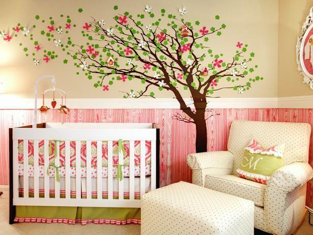 l 39 arbre par dessus les moulures nursery pinterest. Black Bedroom Furniture Sets. Home Design Ideas