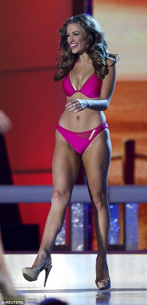 Miss America Upskirt