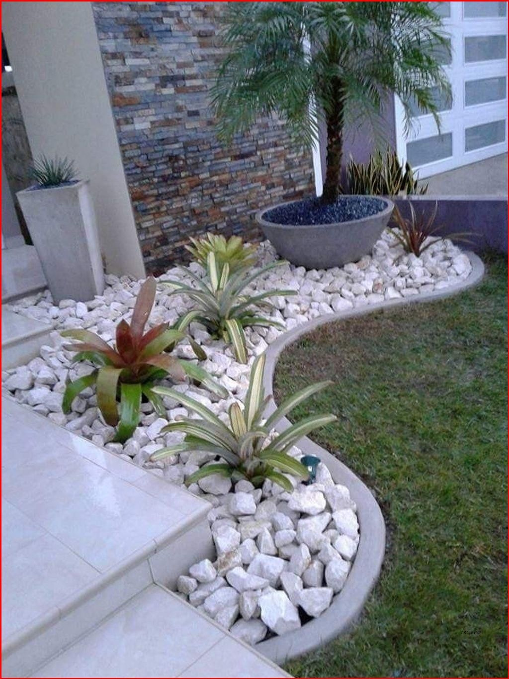 Gorgeous Front Yard Landscaping Ideas For Your Home