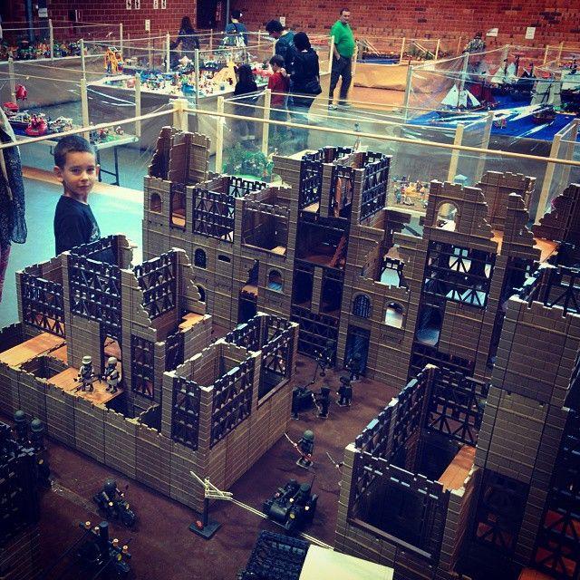 A Amposta mirant Playmobils #Expoclick2014 #Clicks #quetiempos #xalera #playmobil