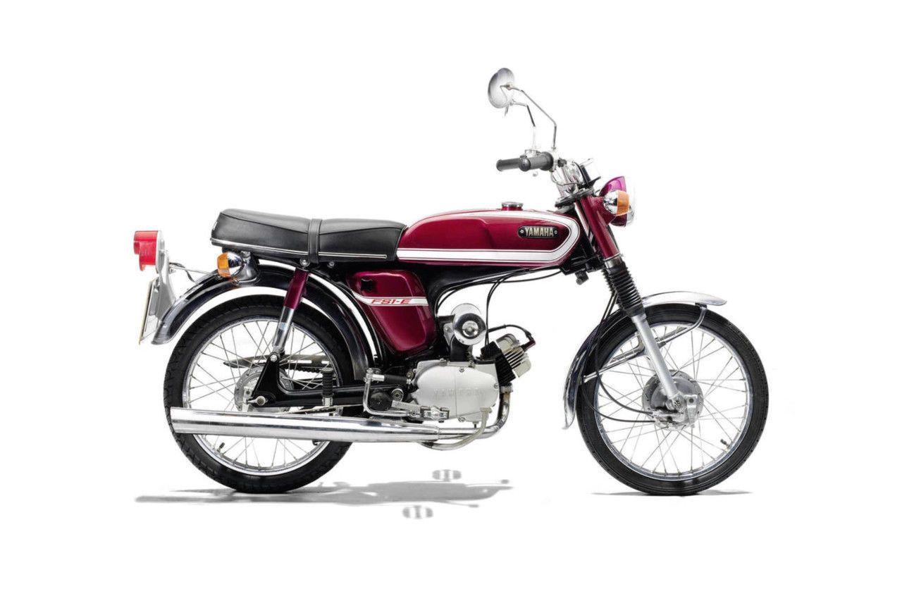1970 S Yamaha Fs1 E Vintage Moped Poster Print 24x36 9mil Paper Ebay Vintage Moped Vintage Bikes Moped