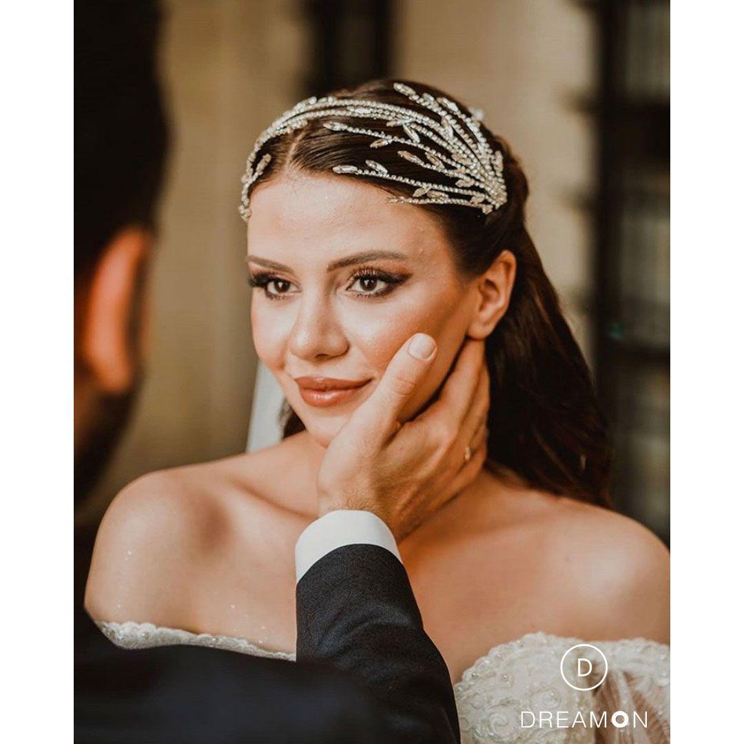 Dreamon Couture Koleksiyonuyla Ela Hanim Ve Esi Mustafa Bey E Mutluluklar Diliyoruz Wedding Dreamon Bride Bridal Married Engagem Gelinlik Resim Davetiye