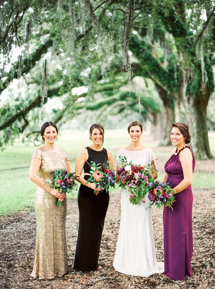 Autumn bridesmaids + autumn bouquets | fabmood.com