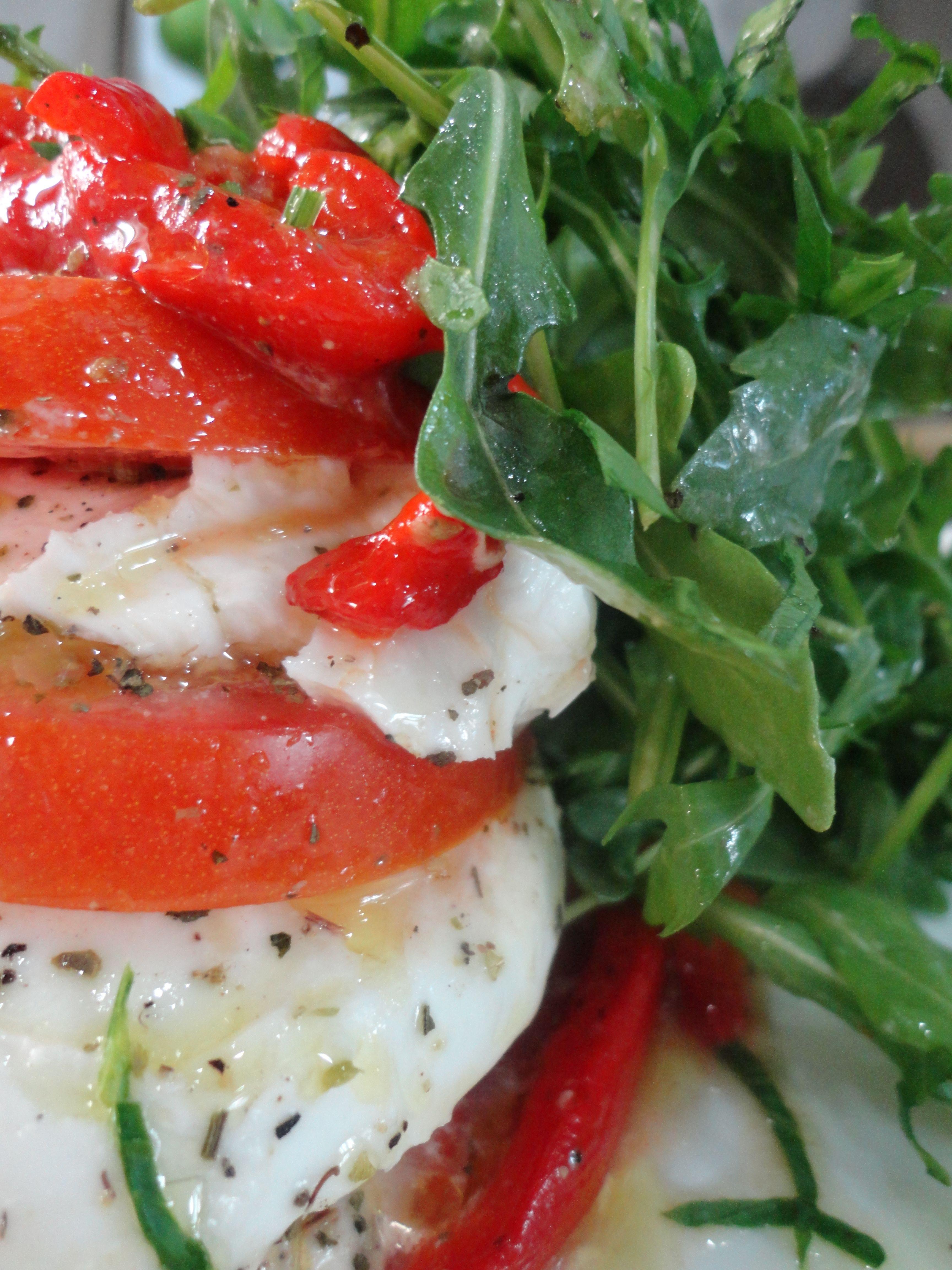 Roasted Sweet Bell Pepper, fresh tomatoes slices, fresh basil, mozzarella di bufala d.o.p.