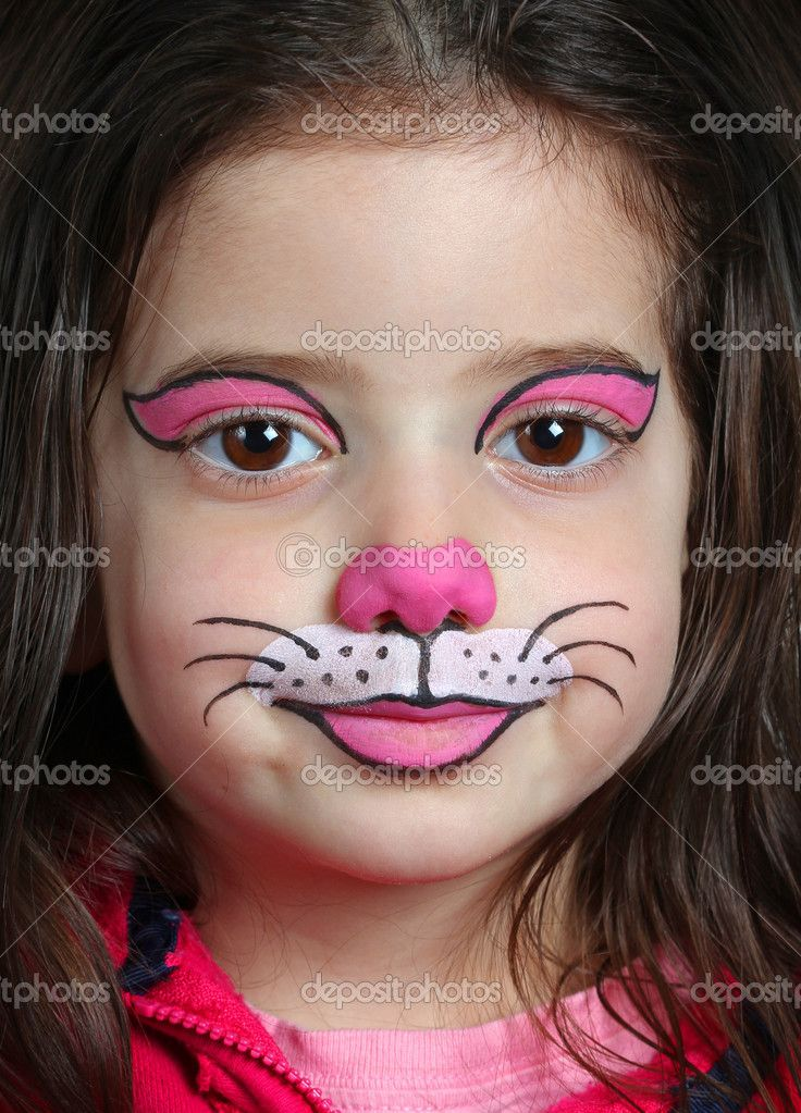 Face painting cat pretty girl with face painting of a for Pretty designs to paint
