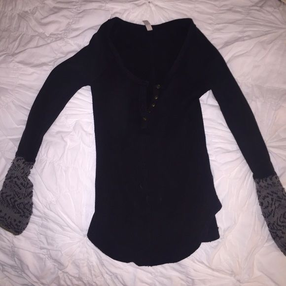 Free People Henley thermal Work twice...super cute knit detailing on sleeves Free People Tops Tees - Long Sleeve