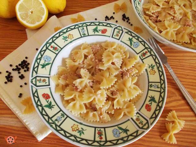 Pasta fredda tonno e limone un primo piatto veloce, che si può preparare in anticipo. Un piatto fresco e profumato