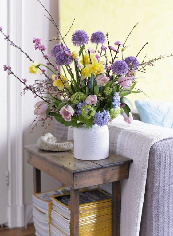 Blumenstrauß * Osterdeko * Ideen für Osterdekoration * Lila Blumen - wohnideen wohnzimmer lila