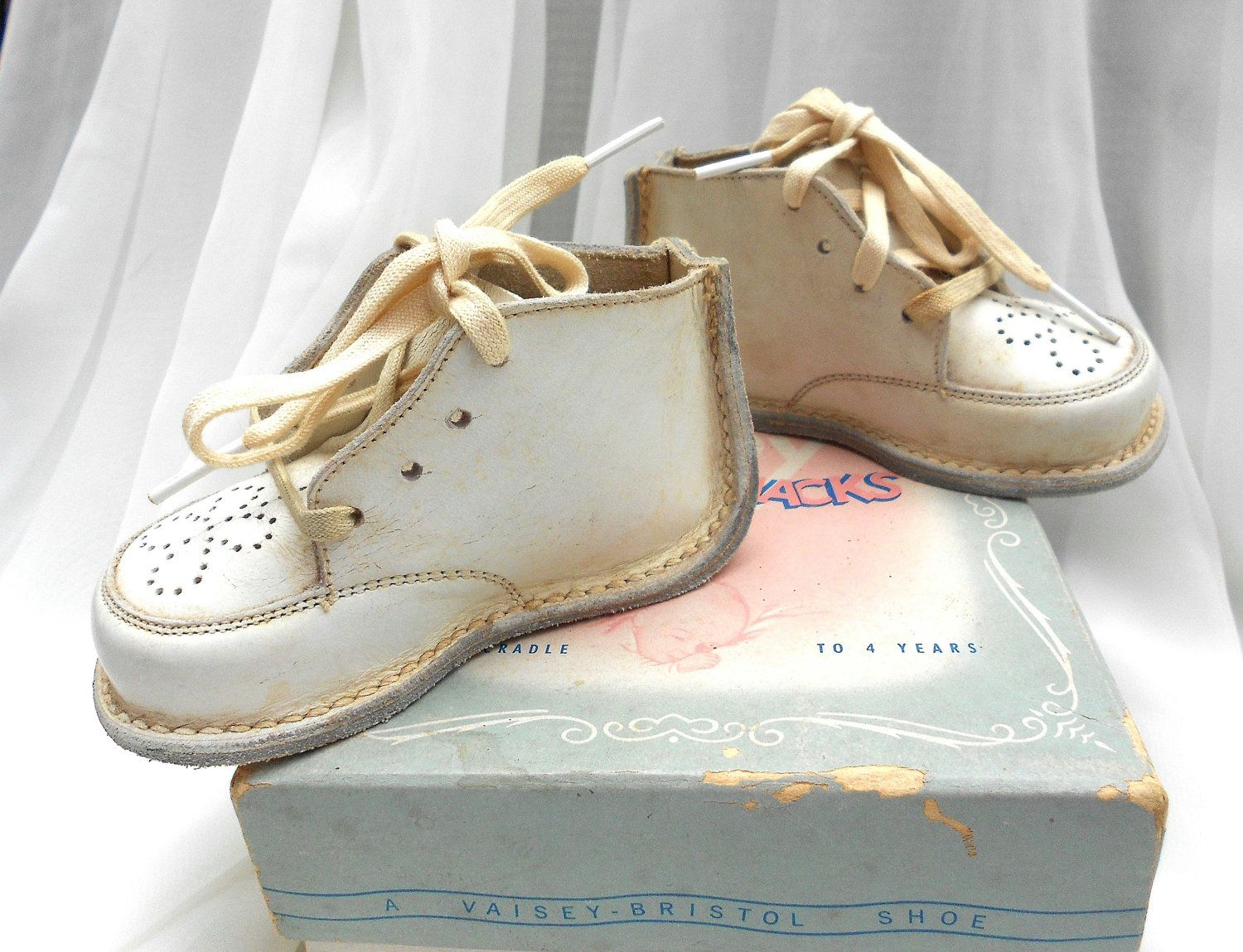 Vintage Jumping Jack Baby Shoes by