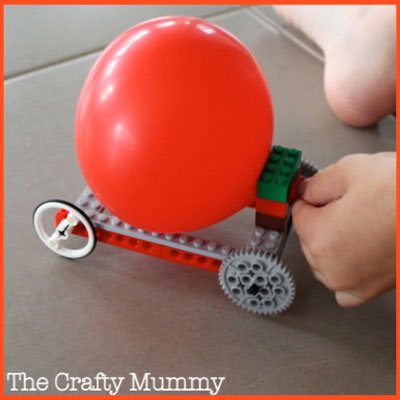 LEGO Balloon Car: an excellent way to teach about Newton's Third Law #STEM #LEGO
