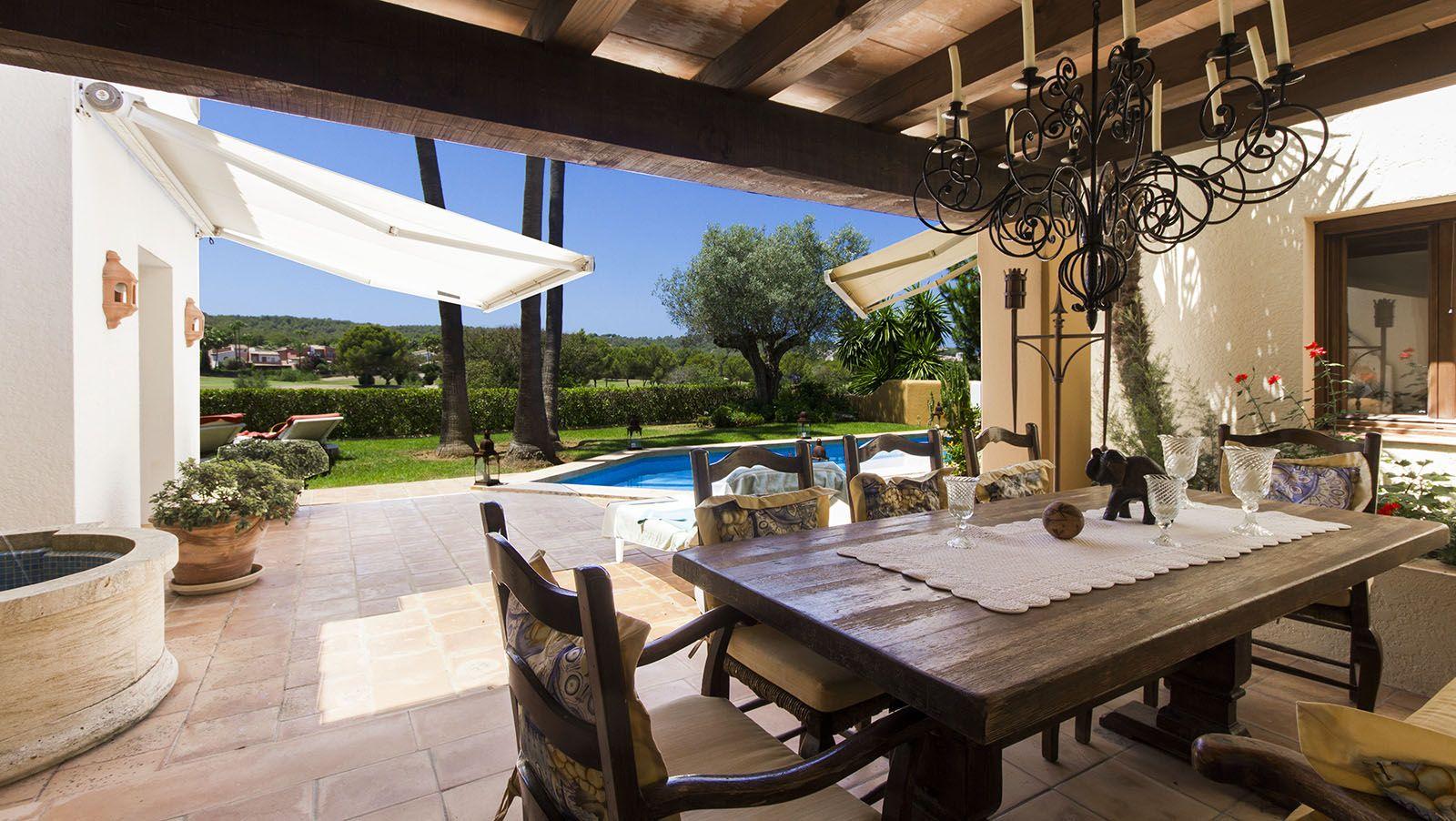 Gepflegte Golfvilla direkt am Golf von Santa Ponsa http