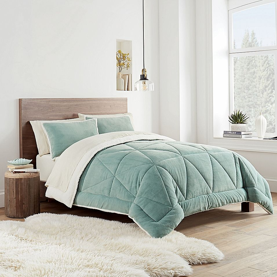 Ugg Avery 3 Piece Reversible Comforter Set Bed Bath Beyond In 2021 Comforter Sets Queen Comforter Sets Bedding Sets