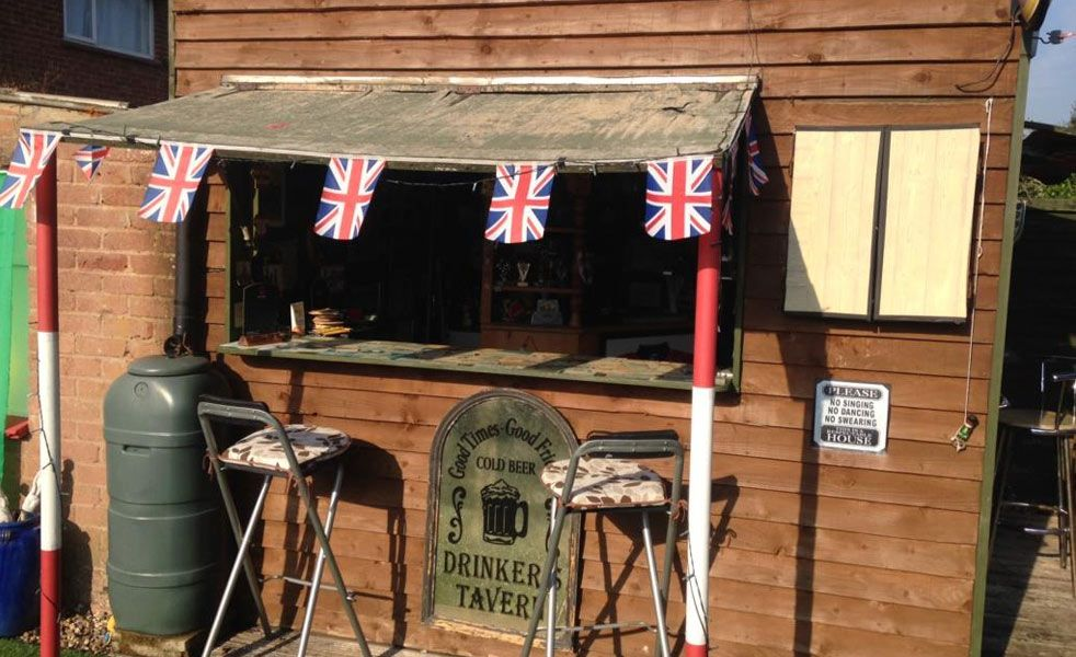 Pub Sheds Small Backyard Pubs Pub Sheds Shed Plans Shed Of The Year