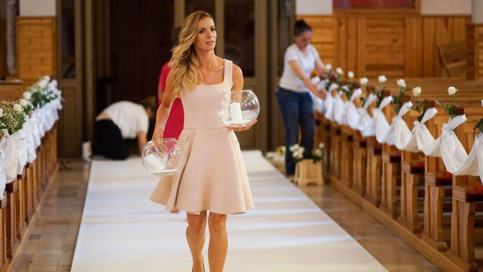 Izabela Janachowska I Nie Opuszcze Cie Az Do Slubu Szukaj W Google Dresses Fashion White Dress