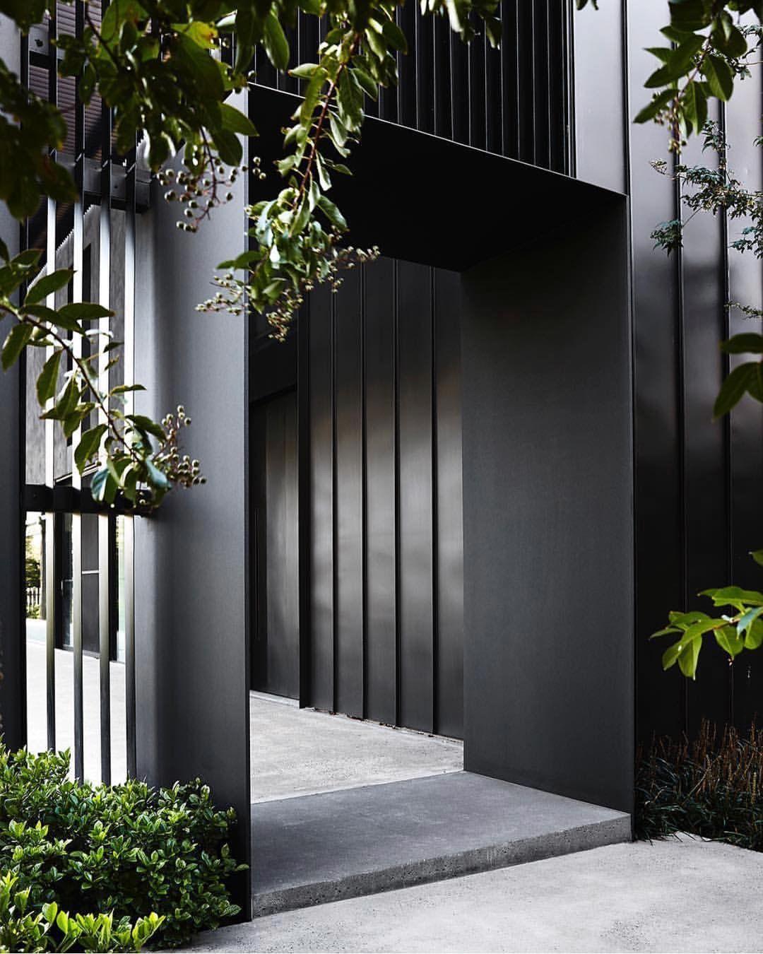 Steel entrance gate   미켈란 펜트   Pinterest   Restaurierung ...