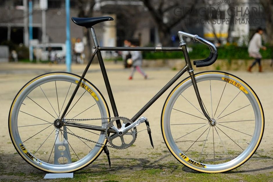 young-cycles-custom-kalavinka-7599_18.jpg 940×626 pikseli