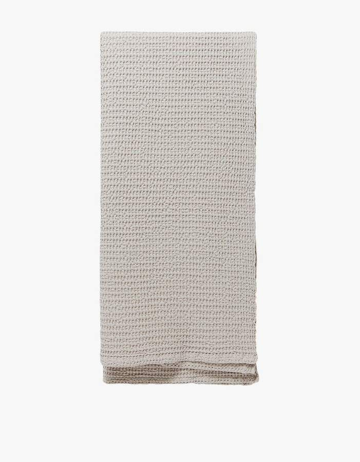 Simple Waffle Bath Towel In Light Grey In 2019 Bath Towels