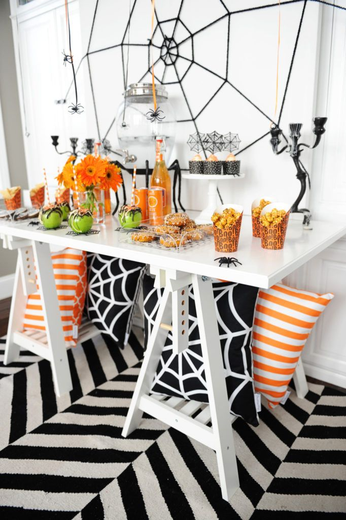 Diy this cute and easy halloween party with the perfect amount of spookiness for the kiddos